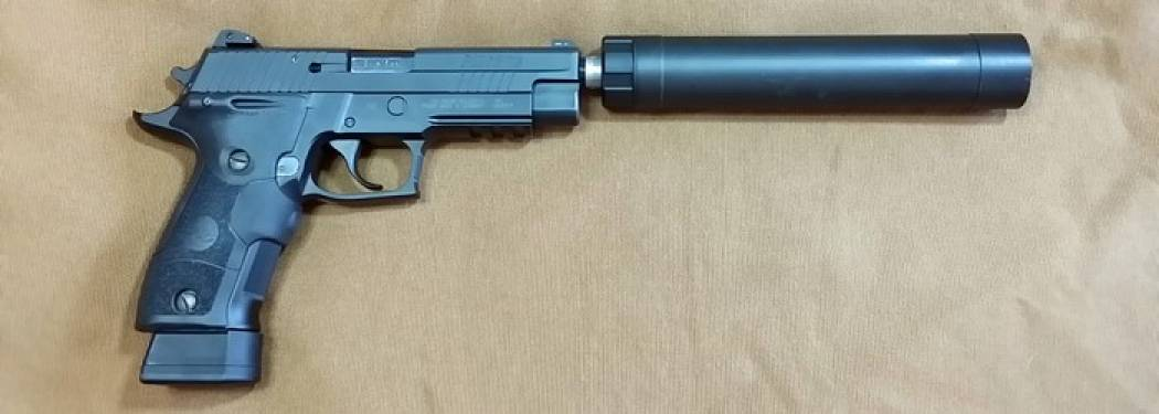 Sig-Sauer-226-with-AAC-Tirant-9